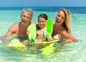 Семейный отдых с детьми: сколько можно находится ребенку на солнце