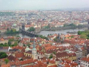 Чехия готова предоставить работу 5 тыс. украинцев