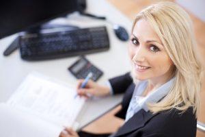 Услуги аутсорсинга или штатный бухгалтер: что предпочесть