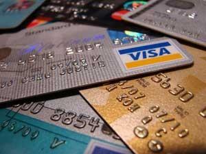 Что выгоднее: банковский кредит или кредитная карта?