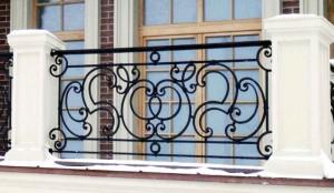 Способы покраски металлических решеток для окон