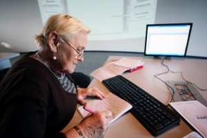Бизнес идея: надомная работа для пенсионеров